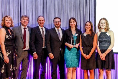 Slopek Vonau mit Vertreter von PMN, LAS (Sponsor) und Jury